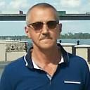 Виктор, 51 год