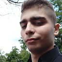 Sergej, 23 года