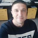 Саша, 33 года